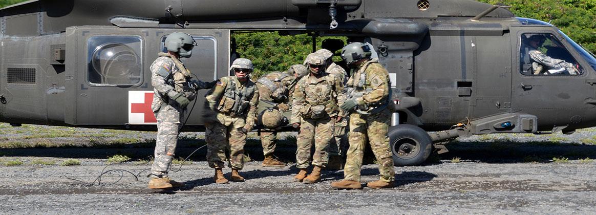 MARINE CORPS TRAINING AREA BELLOWS, Hawaii (Jan. 10, 2018) - Combat medics assigned to the 29th Brigade Engineer Battalion, 3rd Brigade Combat Team,